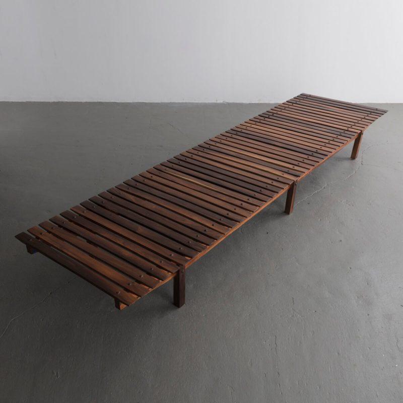 Mucki long bench in jacaranda.