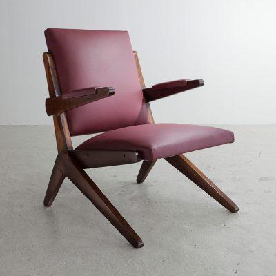 Lounge chair in Brazilian hardwood