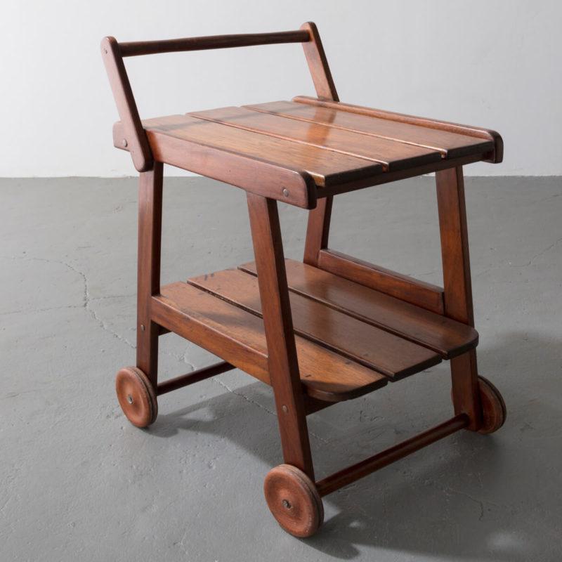 Tajá tea cart in solid wood.